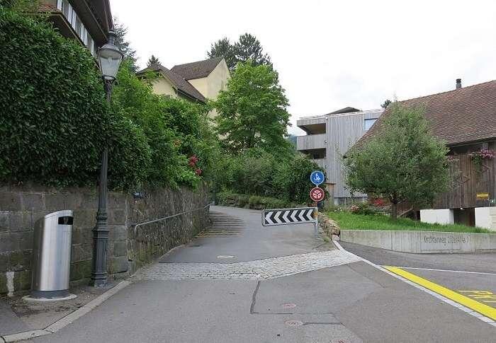 Entrada da subida da rua que leva para o Monte Pilatus