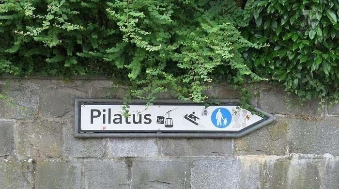 Placa para o Monte Pilatus
