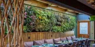 Wood Lounge Bar & Restaurante em Gramado