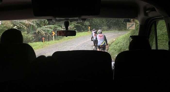 Ciclistas na Serra da Graciosa
