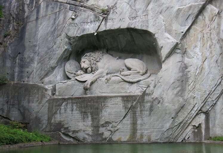 Monumento do Leão em Lucerna - Viagens Bacanas