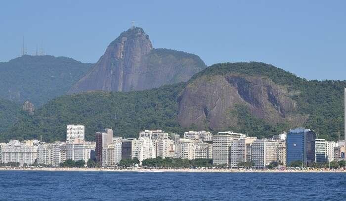 Praia de Copacabana - Viagens Bacanas