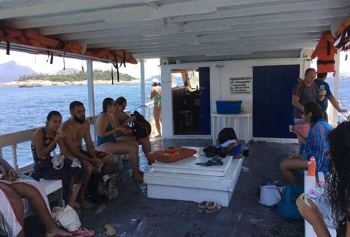 Escuna Aquamaster - Viagens Bacanas