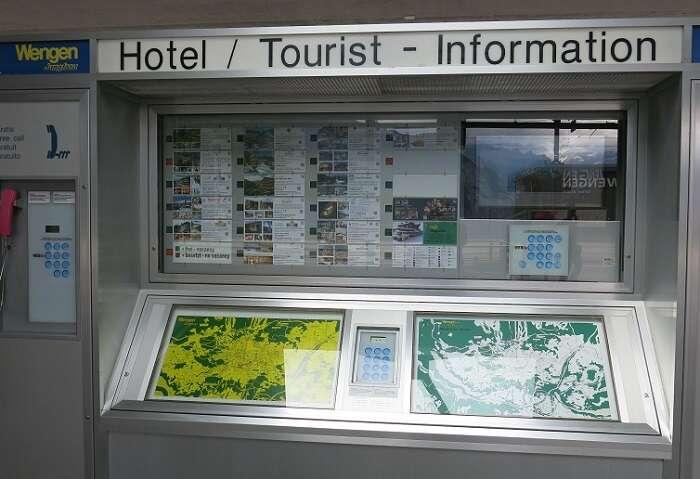 Tourist Information na estação de trem de Wengen