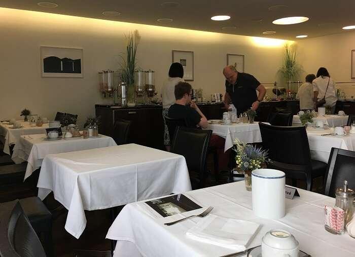 Café da manhã no Hotel ABC Chur - Viagens Bacanas