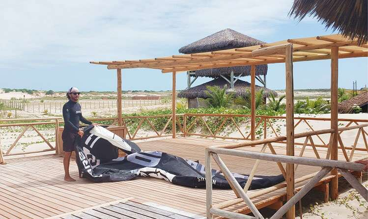 Kitesurf no Jaguaribe Kite  Lodge - Viagens Bacanas