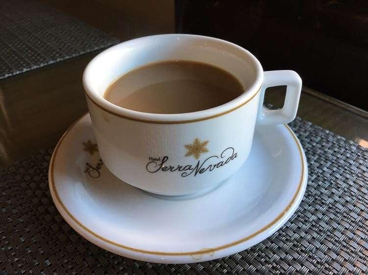 Café no Hotel Serra Nevada
