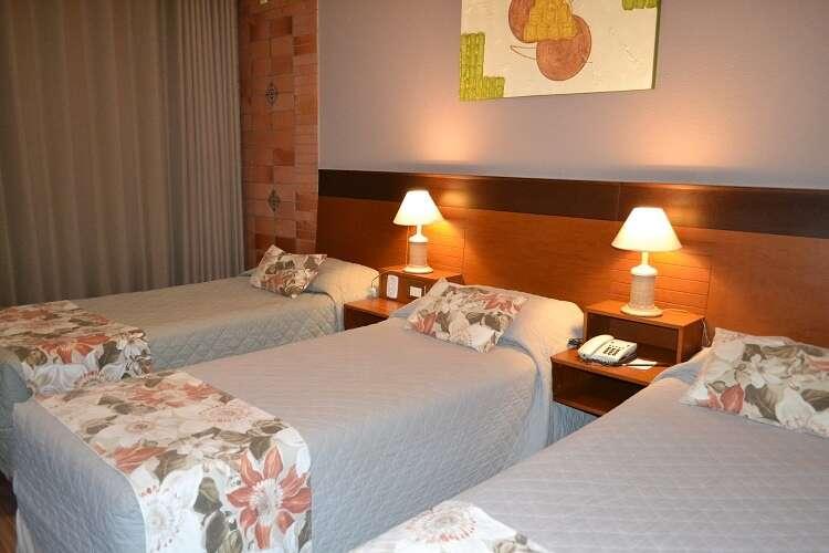 Quarto triplo no Hotel Serra Nevada em Canela