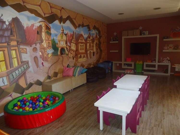 Sala de recreação infantil no Hotel Serra Nevada