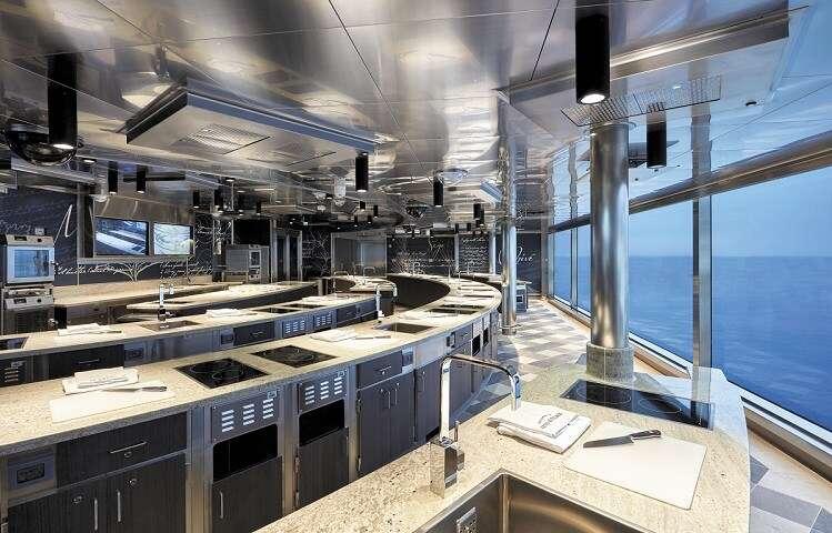 Aulas de culinária no Seven Seas Splendor - Viagens Bacanas