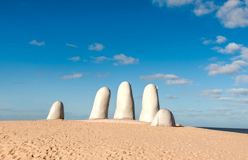 La Mano - Punta del Este