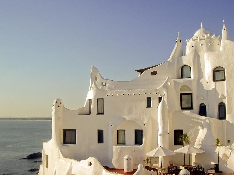 Museo Casapueblo em Punta del Este - Viagens Bacanas