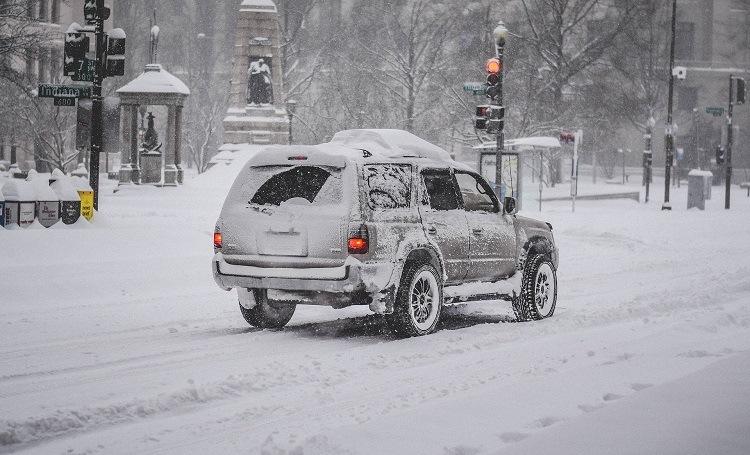 Carro na neve - Viagens Bacanas