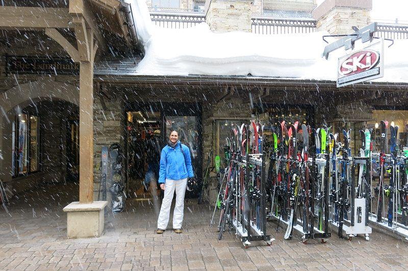Vail Ski Base - aluguel de esqui em Vail - Viagens Bacanas