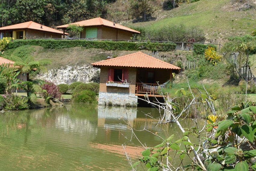 Chalé do lago no Parador Lumiar - Viagens Bacanas