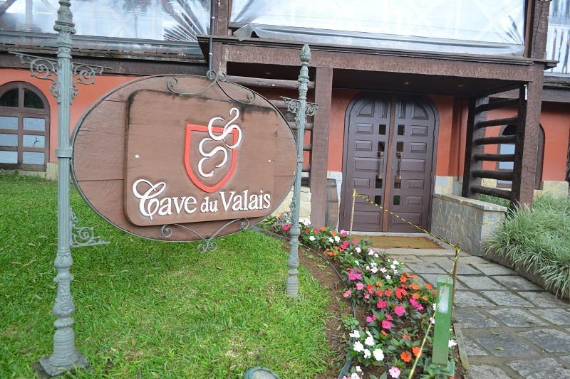 Restaurante Cave du Valais no Hotel Le Canton