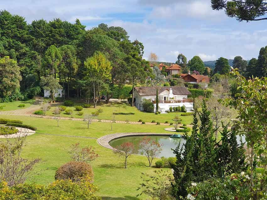 Roots Resort - Monte Verde